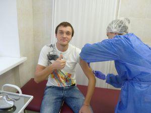 vakcinaciya-prodolzhaetsy-01